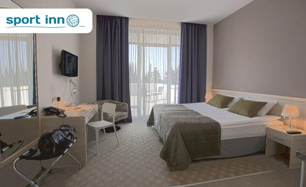 От 3 до 14 дней для двоих в отеле Sport Inn в Сочи, рядом с Олимпийским парком, на первой береговой линии у Черного моря. Номер «Студио», фитнес-центр, детский клуб, парковка и не только! Скидка 44%