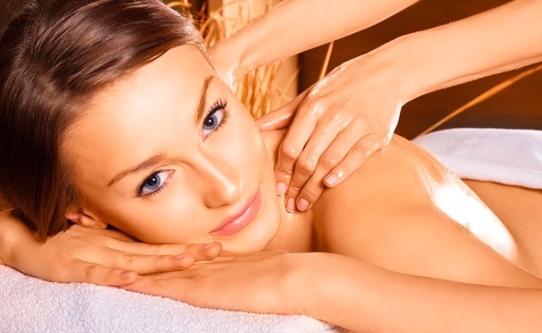 До 7 сеансов классического, антицеллюлитного, испанского, медового, вакуумного и других видов массажа с обертыванием в spa-салоне Dias. Скидка до 92%