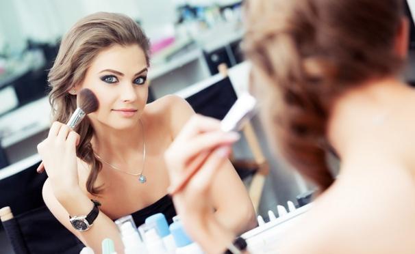 Курс «Стилист-визажист в fashion- и media-индустрии» в студии визажа и парикмахерского искусства Hollywood Beauty Centre. Скидка 77%